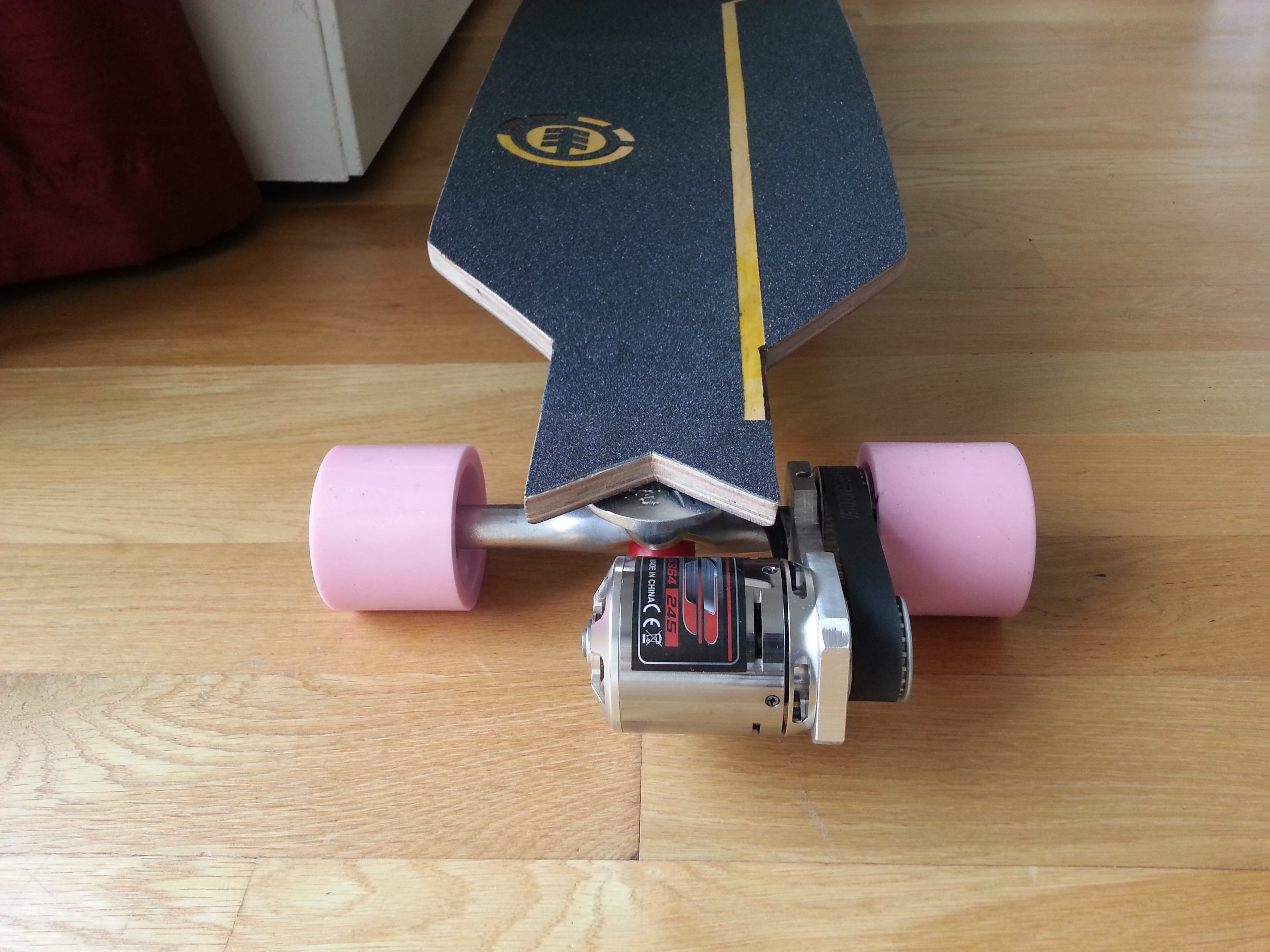 how to make your own electric skateboard